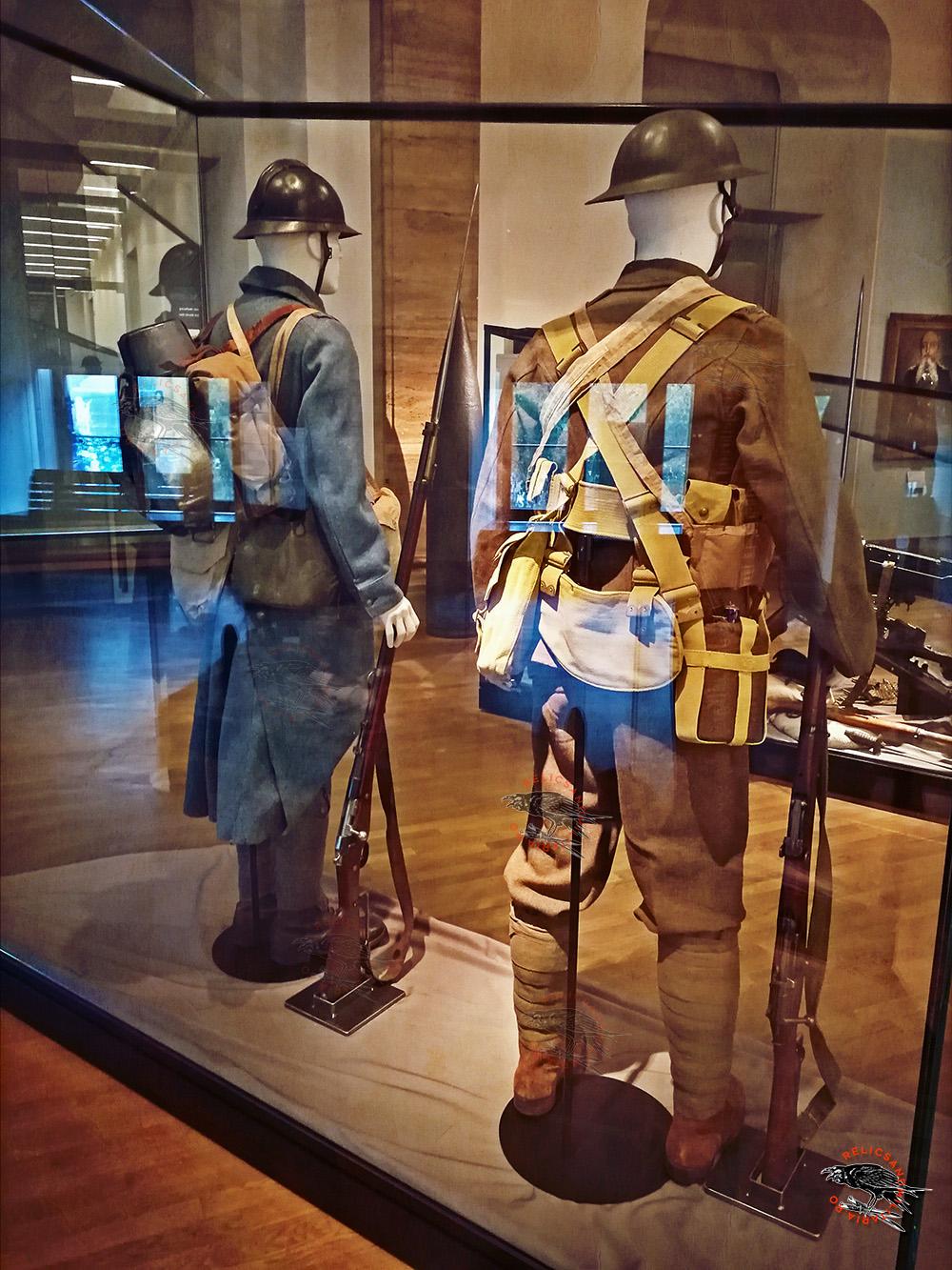 English soldier Uniform and fieldgear ww1