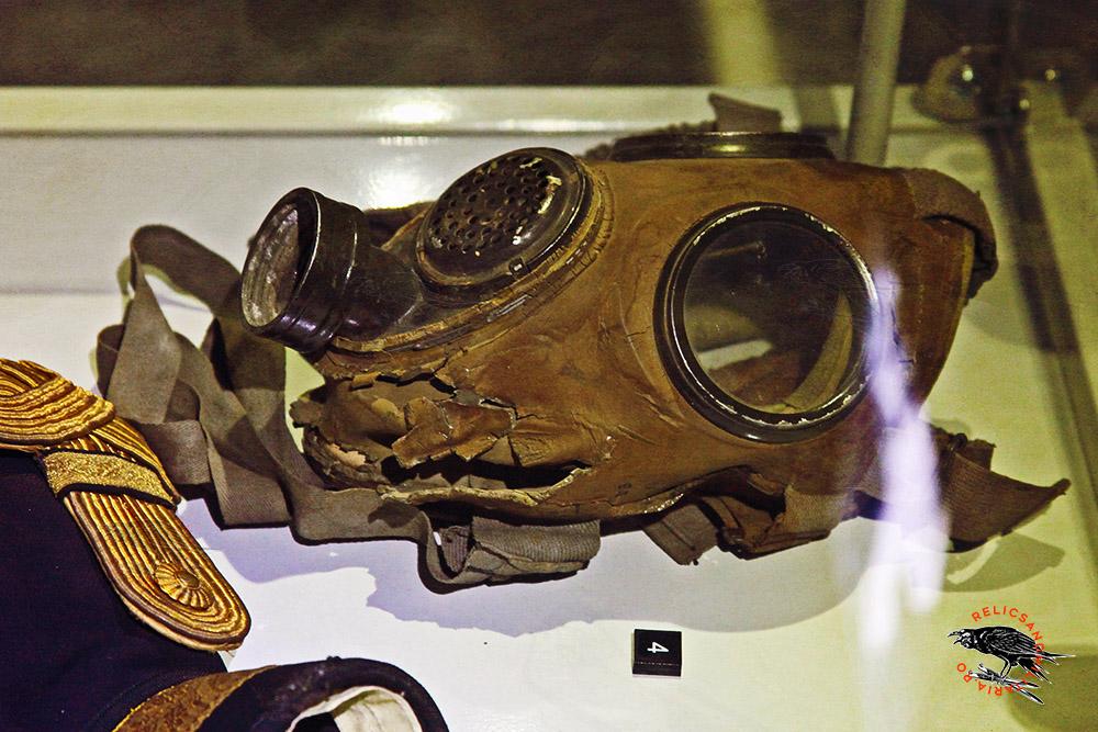 WW1 Romanian Army gas mask
