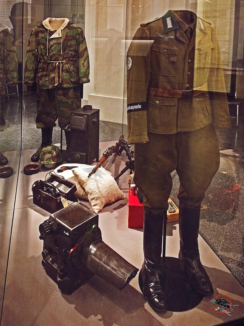 Wehrmacht Nazi soldier Uniform ww2