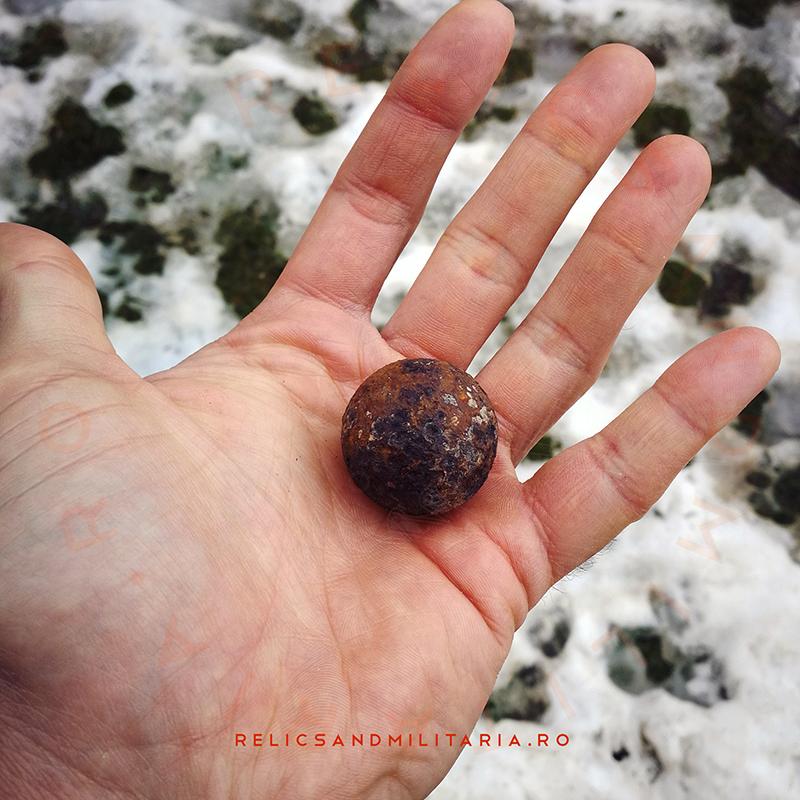 Muschet, small canon or schrapnell ball