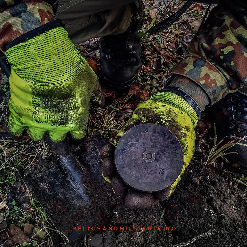 Metal detecting Romania tank shell