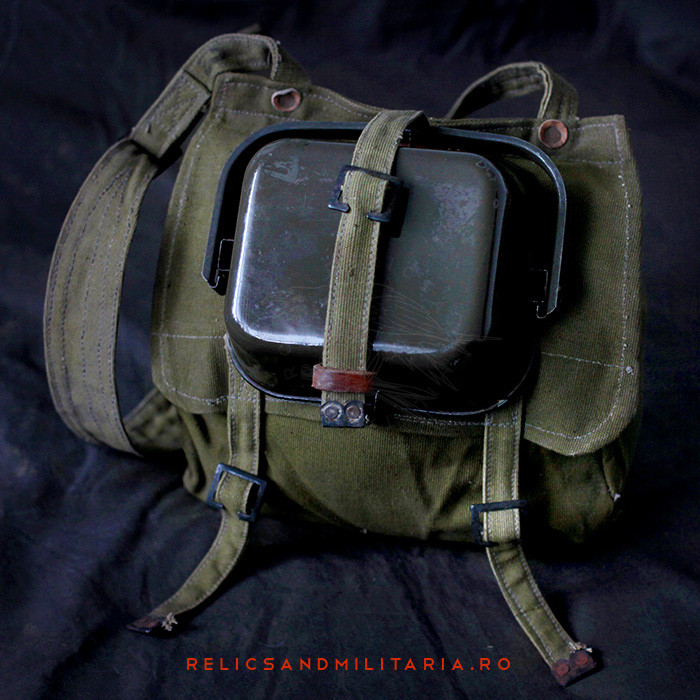 Romanian Army WW2 Bread Bag and Mess tin