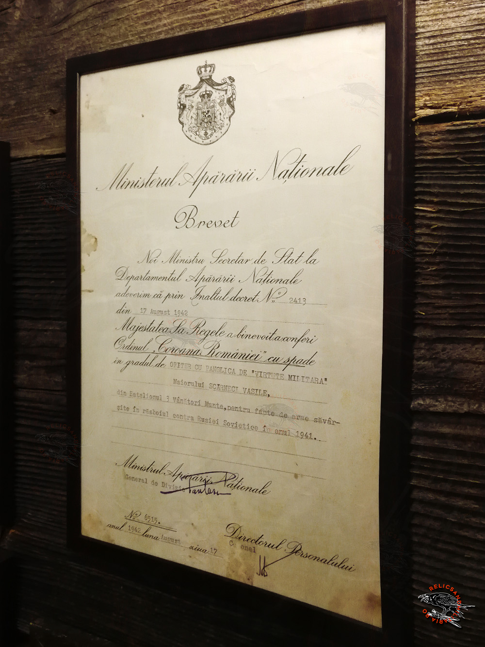 14 Brevet de acordare a Ordinului Coroana Romaniei cu spade pentru Scarneci Vasile