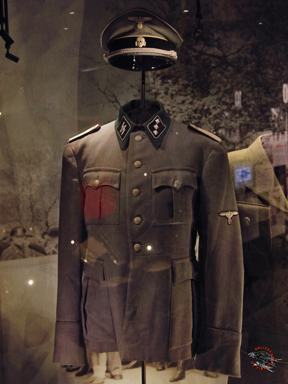 21 SS officer uniform