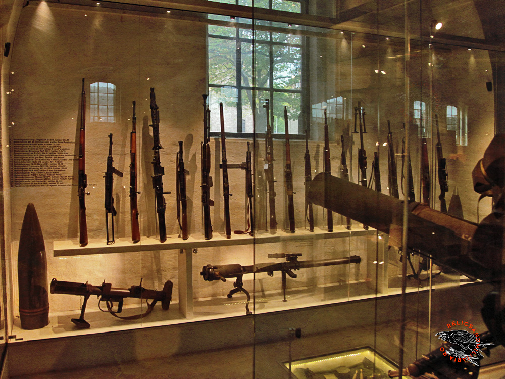 46 WW2 Rifles and light machine guns