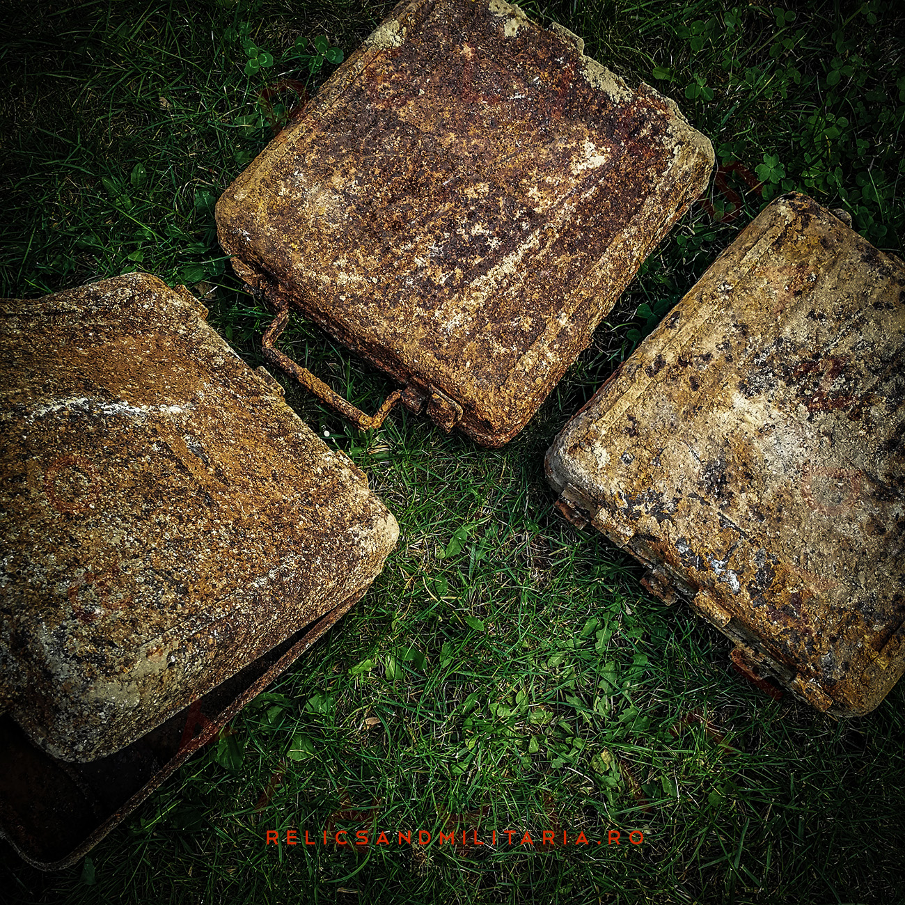 Relics find with metal detecting in Romania