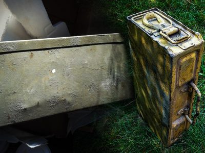 Cleaning a ww2 german machine gun ammo box