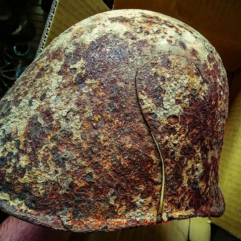 Cleaning relic helmet metal detecting