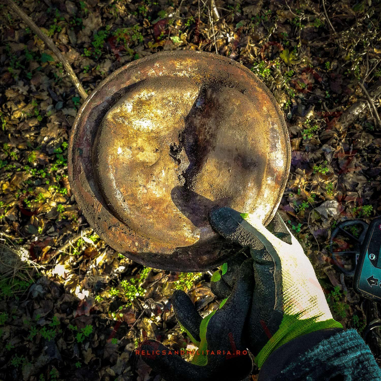 Metal detecting soldier mess tin