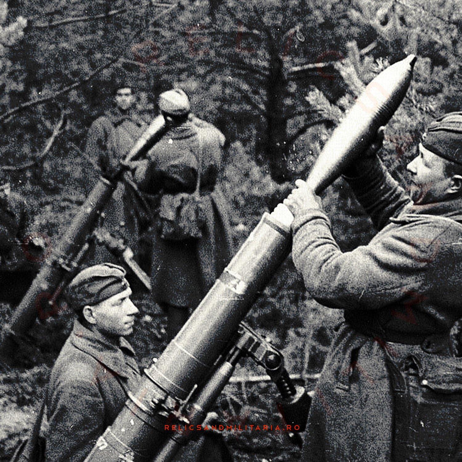 Russian Army ww2 120mm Samovar mortar crew