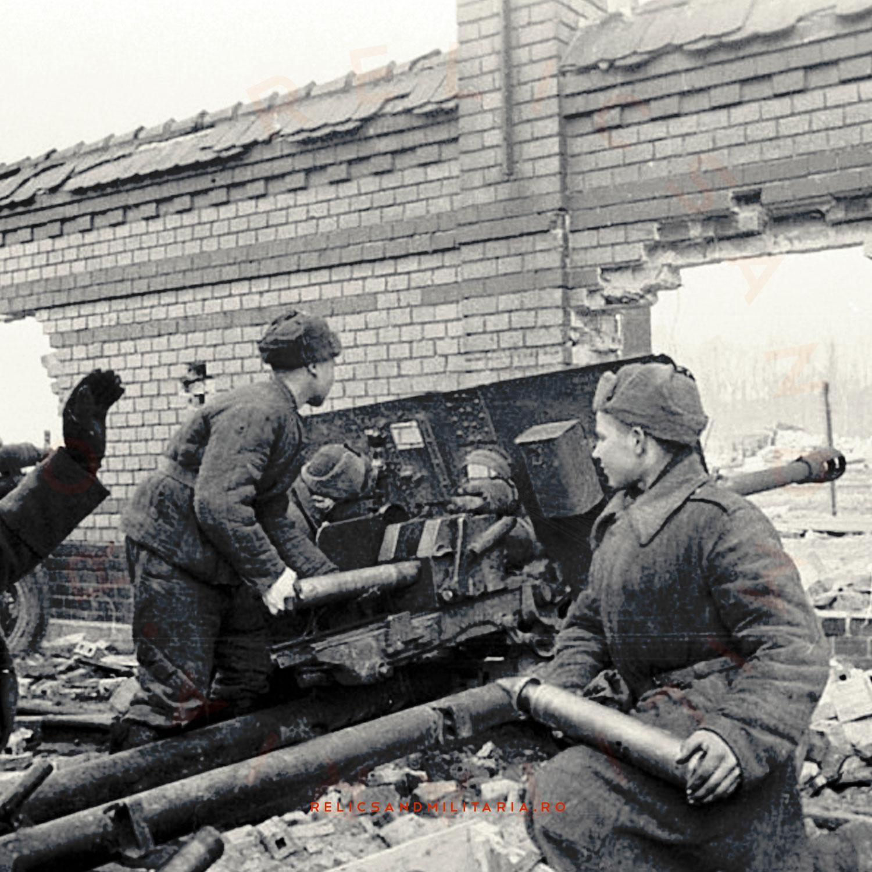 Zis-3 76mm Russian ww2 divisional gun crew