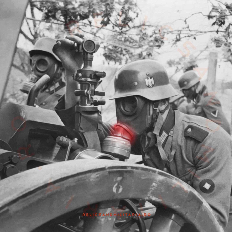 WW2 german army gas mask