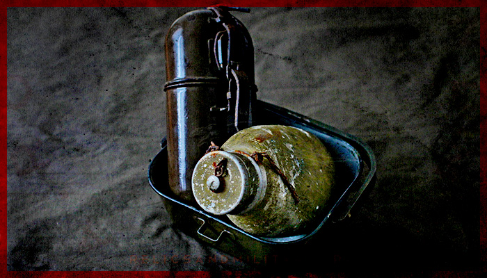 ROMANIAN ARMY WATER BOTTLE CANTEEN WW2